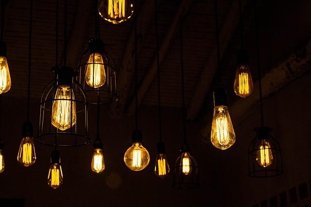 stropní světla.jpg