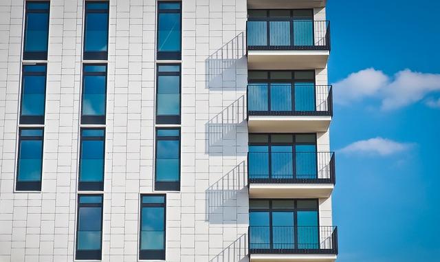 balkony na rohu