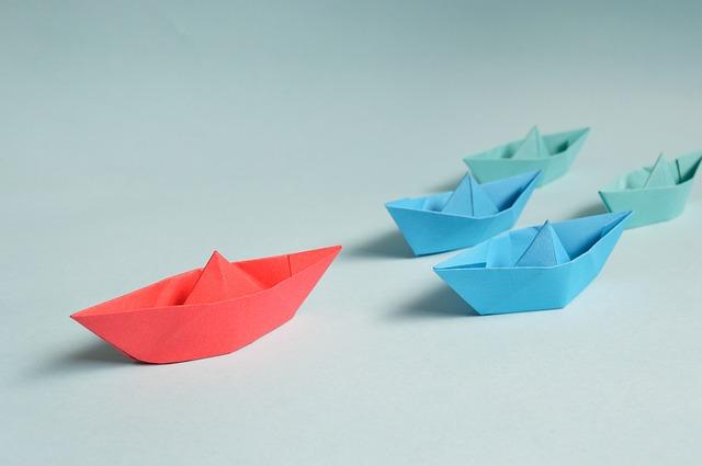 papírové lodičky